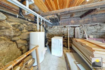 MASE/ Mont-Noble. CHALET  9 pces de 137 m² en résidence SECONDAIRE à vendre
